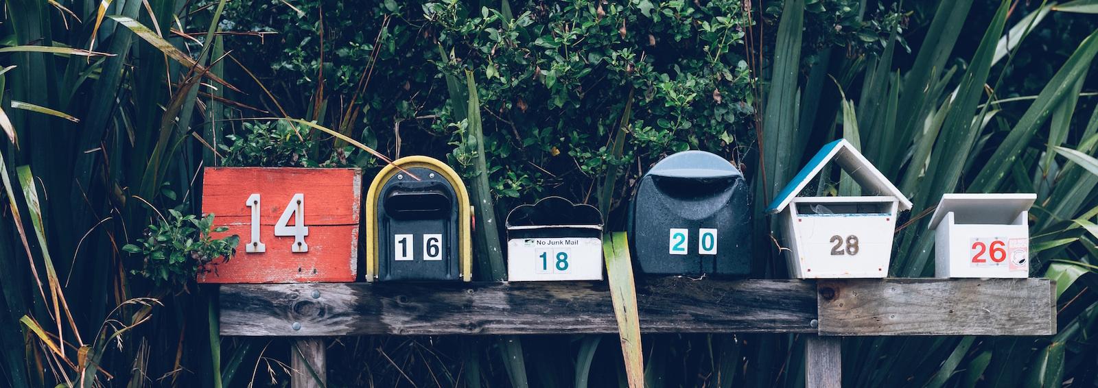 Add custom information to WFFM emails